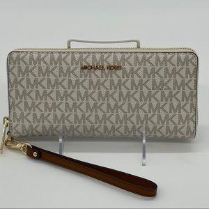 Michael Kors LG Continental Wallet Vanilla
